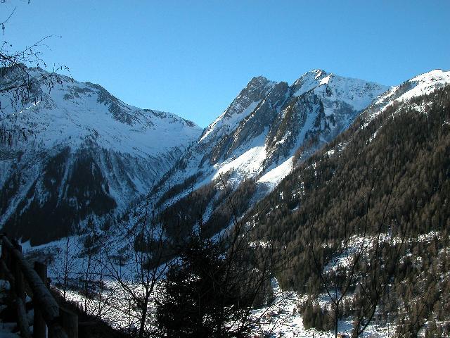 Ah, le Valais, ses montagnes... sa neige... DSCN8886
