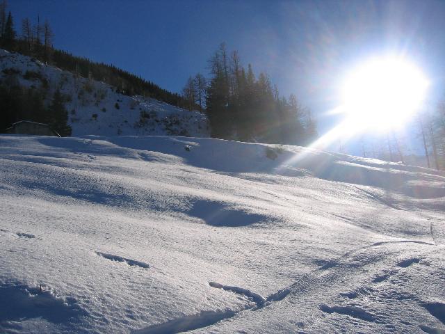 Ah, le Valais, ses montagnes... sa neige... IMG_8808